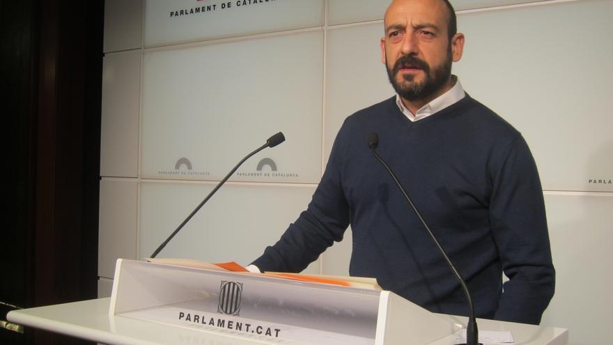 Cañas renuncia temporalmente a seguir como portavoz de C's en el Parlamento catalán