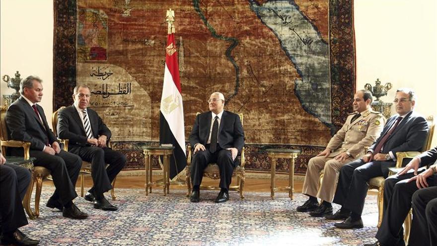 Egipto busca una relación fuerte y estable con Rusia que no excluya a EEUU