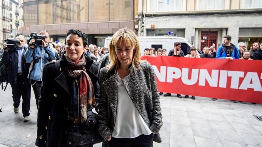 Absueltos los 4 guardias civiles acusados de torturas a Sandra Barrenetxea