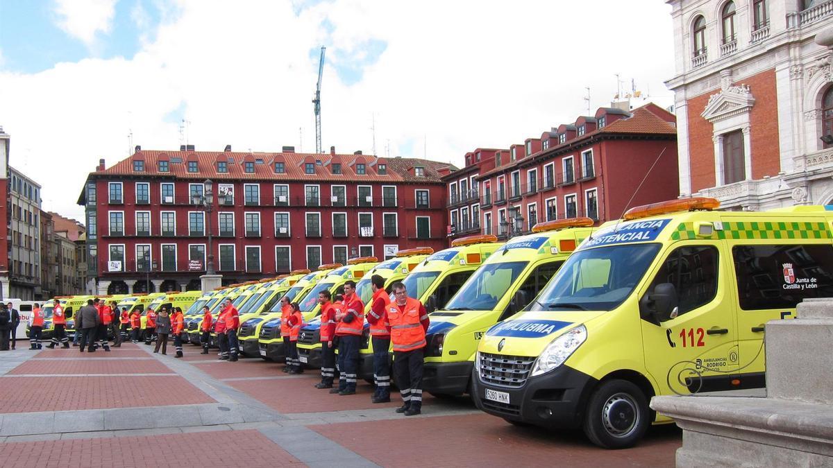 Ambulancias de transporte sanitario. Imagen de archivo.