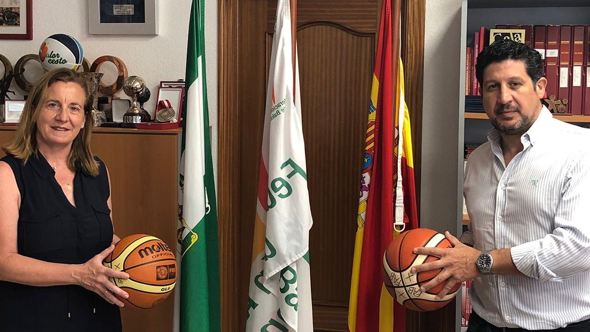 Sebastián del Rey, a la derecha, presidente del Dobuss Córdoba Basket