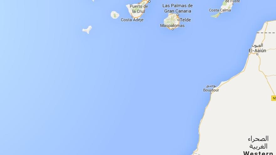 Llega a tierra marroquí la patera a la deriva entre el Sáhara y Canarias