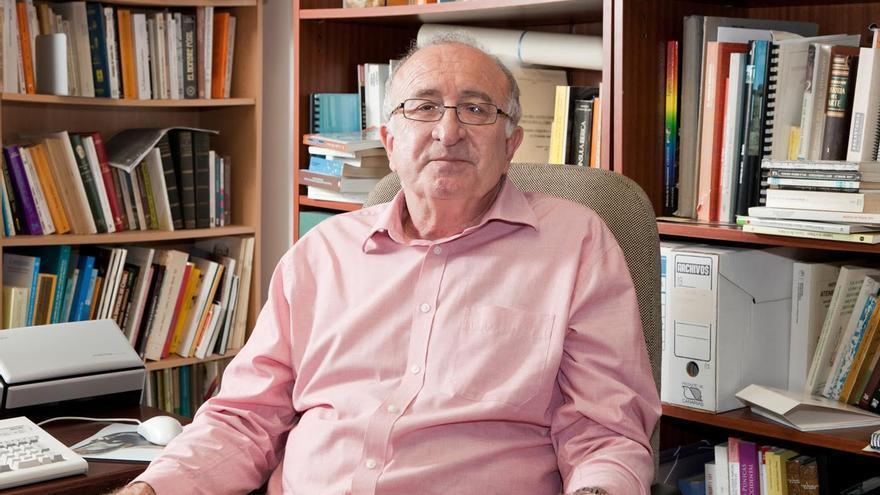 El catedrático tinerfeño Antonio Tejera.