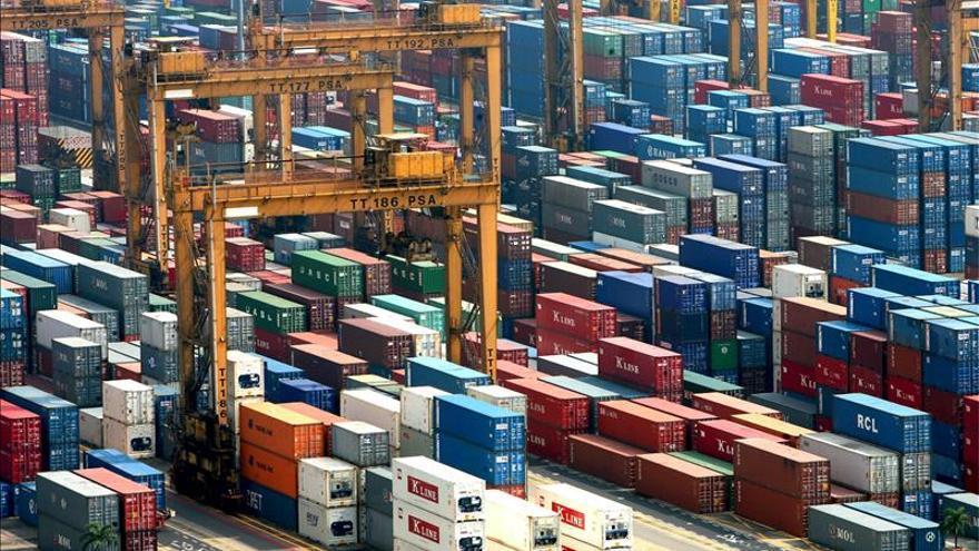 El déficit comercial de EE.UU. en septiembre fue el más bajo en siete meses