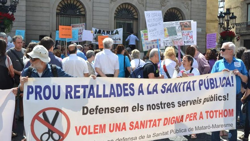 Manifestació de la Marea Blanca a plaça Sant Jaume
