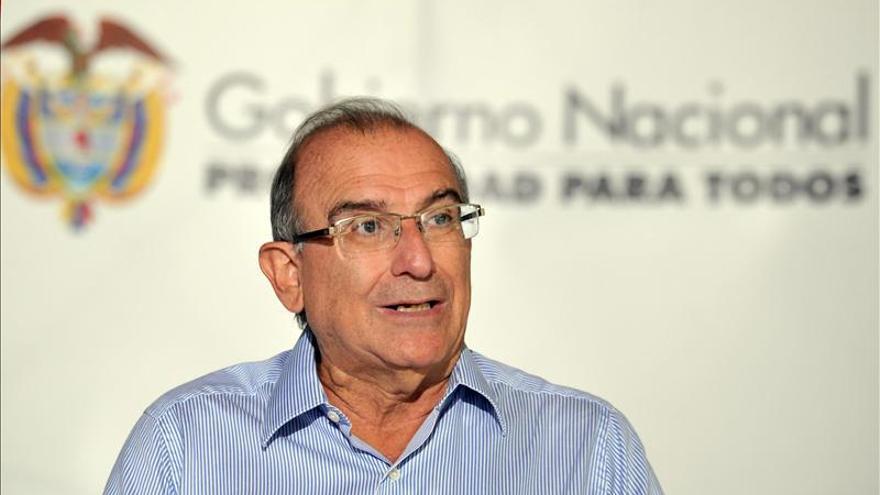 De la Calle pide agilizar el ritmo del diálogo de paz con las FARC