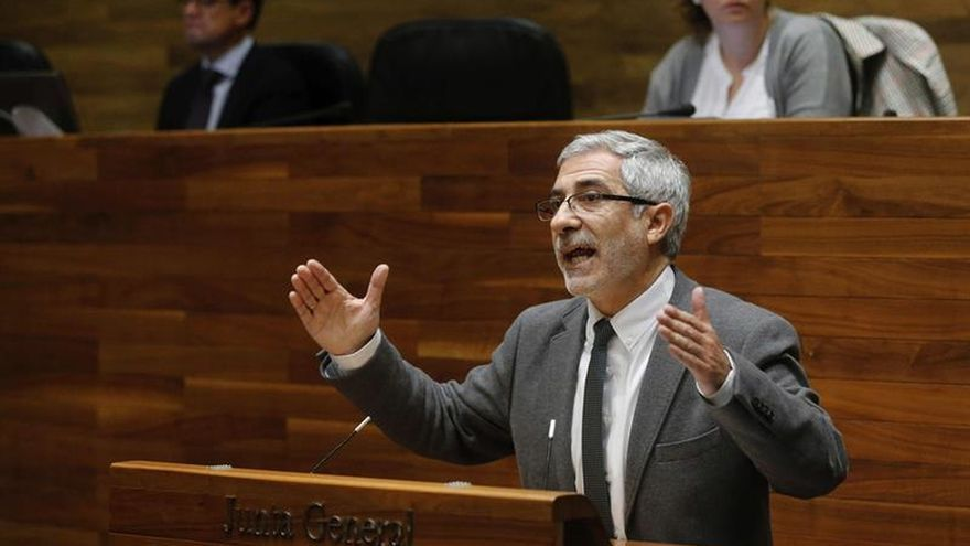 Llamazares cree que el acuerdo PSOE-C's es una frustración para la izquierda