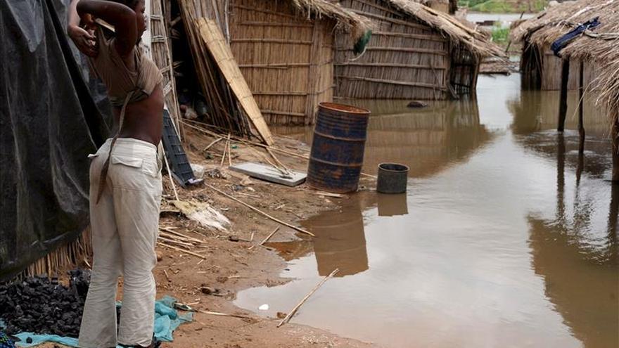 Sudáfrica envía tropas a Mozambique para paliar los efectos de las inundaciones
