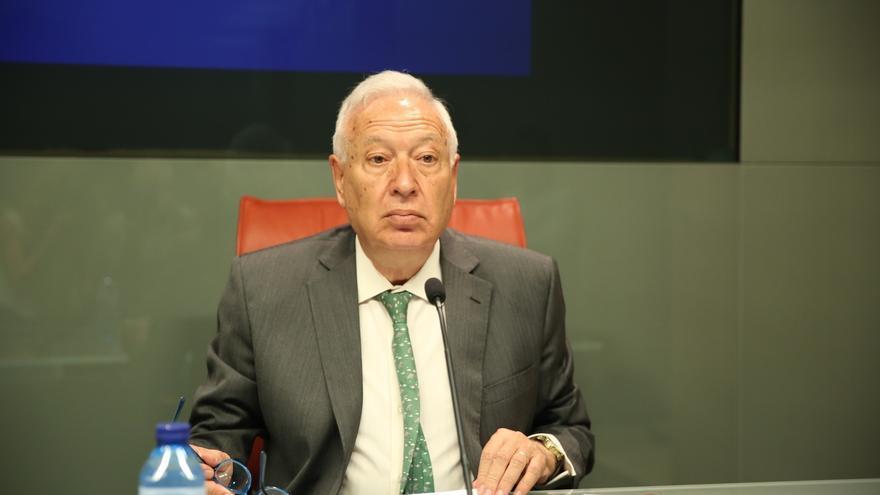 """Margallo: """"Rita Barberá está muy herida, pero no hará nada que perjudique al partido y a Rajoy"""""""