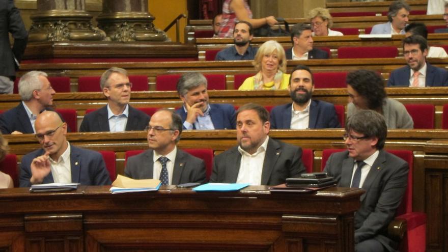 Puigdemont destaca que el informe de Infraestructures.cat avala que no se favoreció a empresas en particular