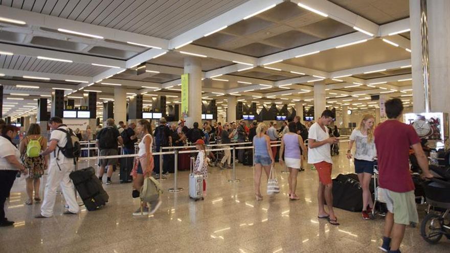 Resuelto el fallo informático en el centro de control del aeropuerto de Palma