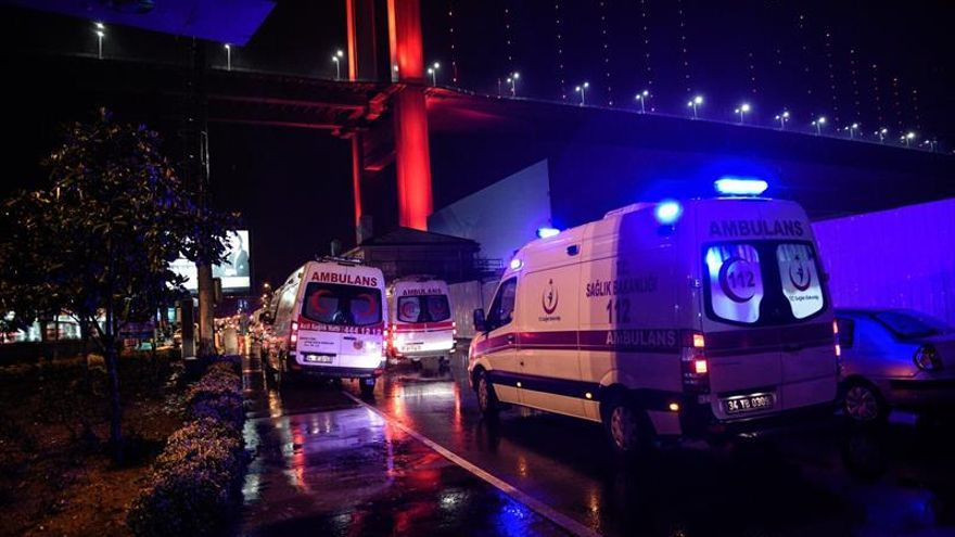 ataque-club-Estambul-deja-muertos_EDIIMA20170101_0011_4.jpg