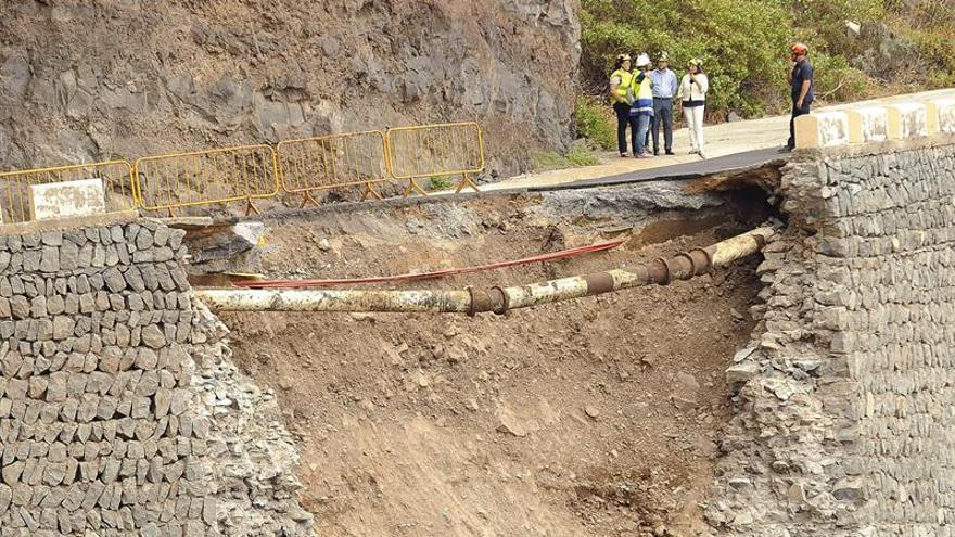 Carretera de Teno tras el derrumbe del muro de contención