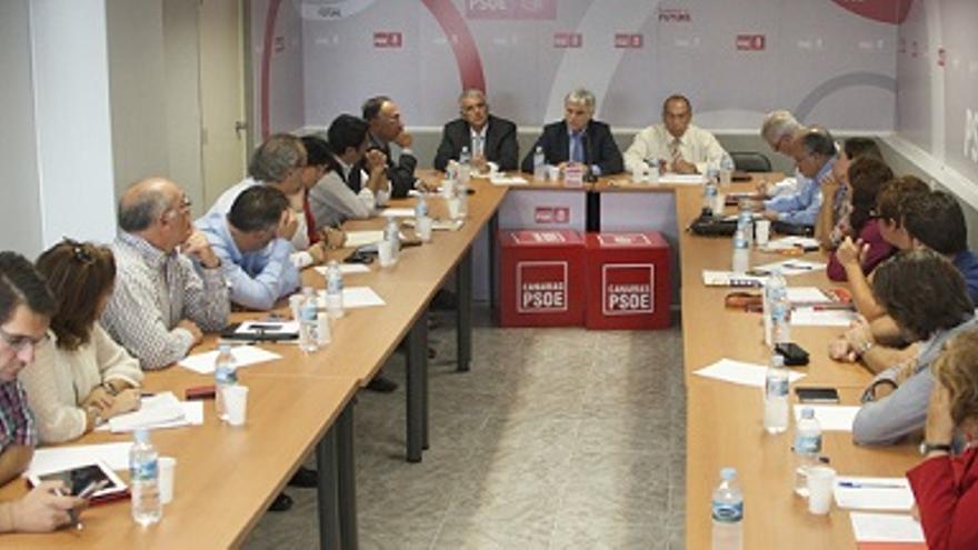 Reunión de la Comisión Ejecutiva Regional del PSOE este martes.