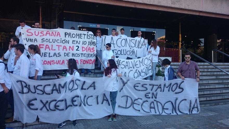 Alumnos de La Cónsula y La Fonda se vuelven a manifestar por las calles de Málaga