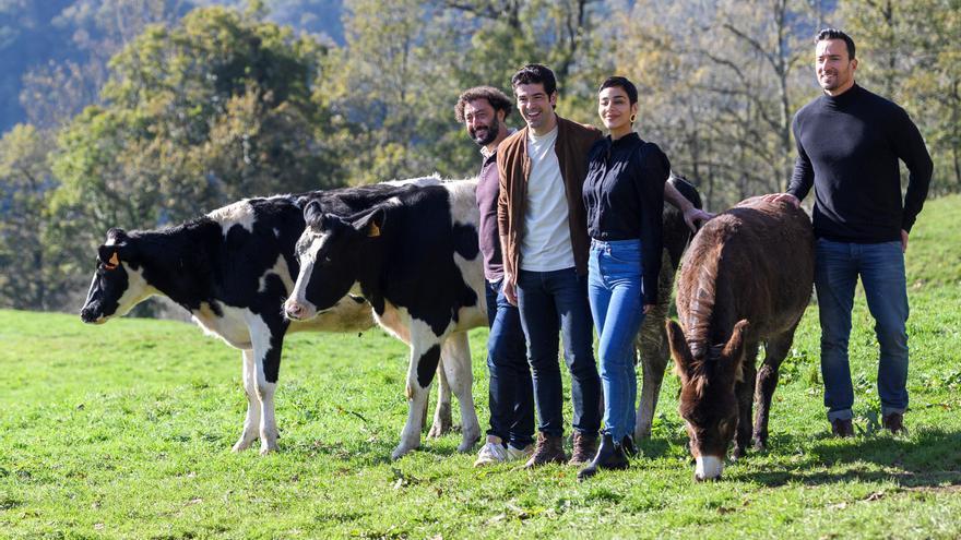 """""""Dos vacas y una burra"""", la comedia rural que permite el reencuentro Muñoz-Puyol"""