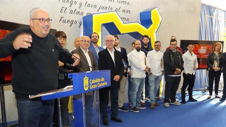 El cocinero Germán Ortega, reciente ganador de una estrella Michelin, en el homenaje del Cabildo de Gran Canaria