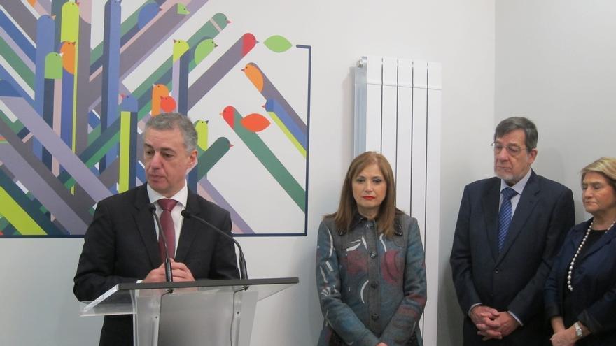 El lehendakari inaugura el nuevo punto de encuentro familiar de Bilbao que dará servicio a 400 menores