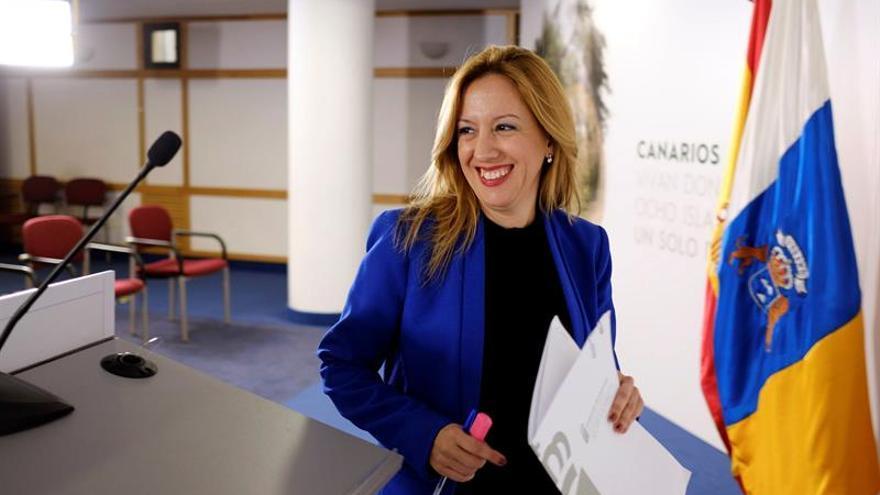 La portavoz y consejera de Hacienda del Gobierno de Canarias, Rosa Dávila. EFE/Ángel Medina G.