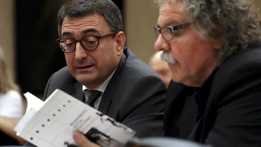 "Tardá pide a Echenique que se disculpe por llamar ""cajitas"" a urnas del 1-O"