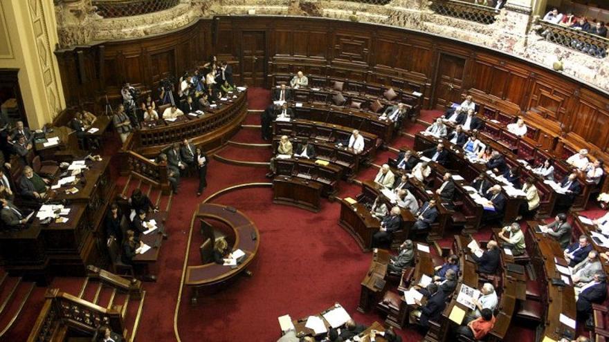 Cámara del Senado de la República del Uruguay durante la votación de la ley del Cannabis. EFE