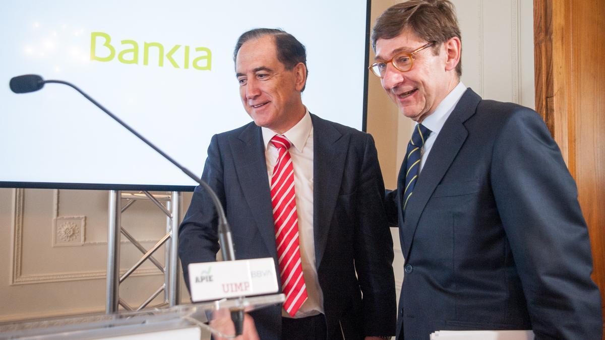 El presidente de Mapfre, Antonio Huertas, y el presidente de Bankia, José Ignacio Goirigolzarri.