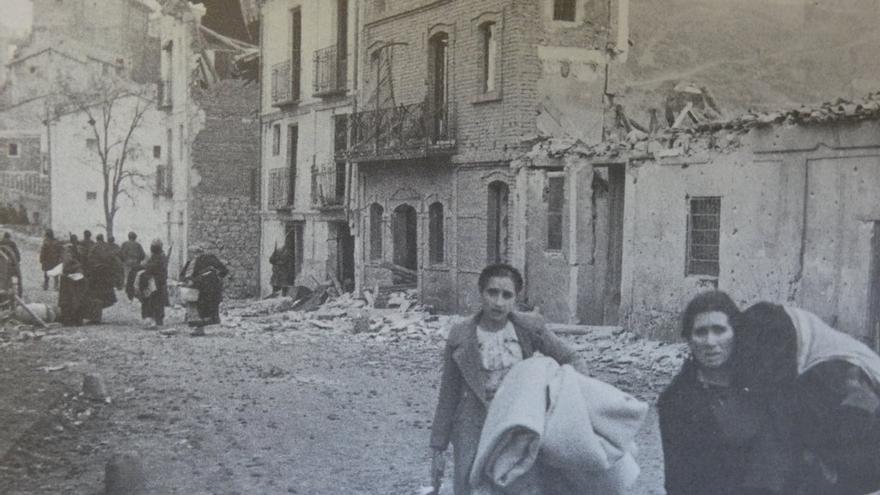 Las fotografías muestran la destrucción de la ciudad