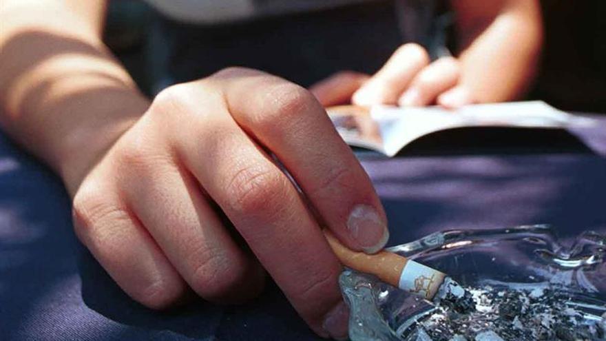 Un paquete diario de tabaco puede causar 150 mutaciones al año en los pulmones