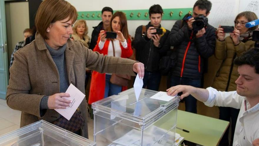 """Uxue Barkos llama a votar en unas elecciones de """"relevancia especial"""""""