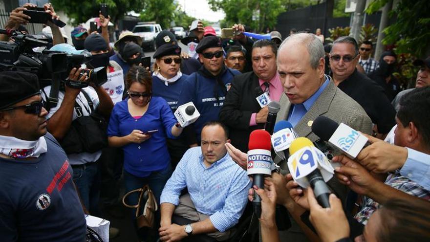 Oposición salvadoreña rechaza que Venezuela use al país para mostrar apoyos
