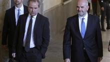 Chaves y Griñán salen del juzgado sin declarar y se remiten a lo dicho en el Supremo sobre el caso ERE