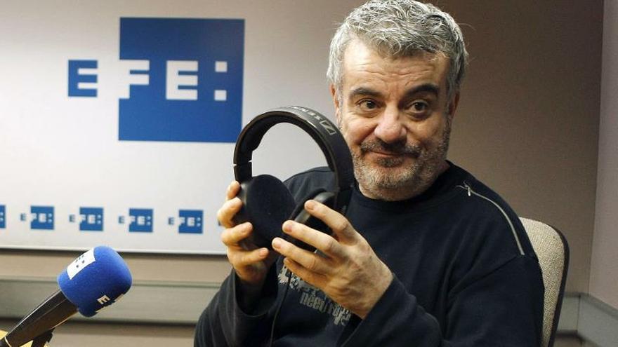 El humorista Millán Salcedo sale de la UCI en un hospital de Sevilla