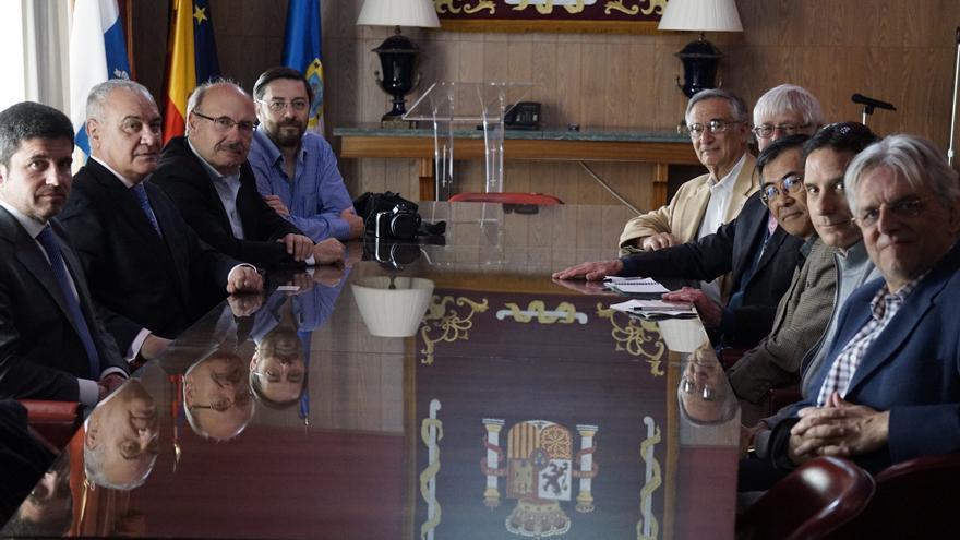 Reunión mantenida este miércoles en la Dirección Insular de la Administración General del Estado.