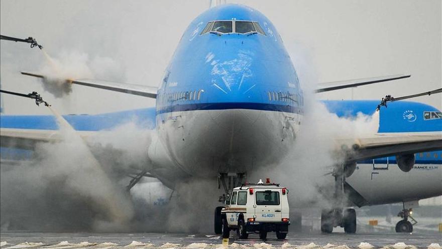 Nuevos retrasos en los aeropuertos del Reino Unido por quinto día consecutivo
