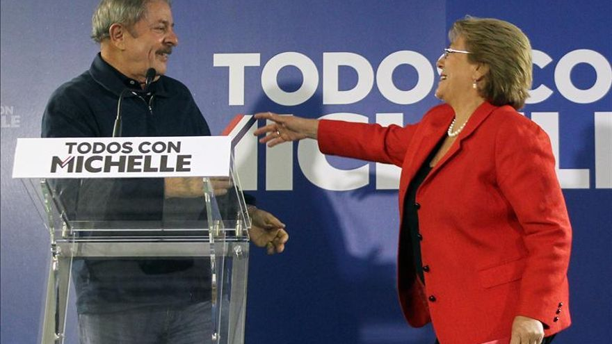 Lula en su visita a Bachelet hace un llamado a reforzar la integración en A. Latina