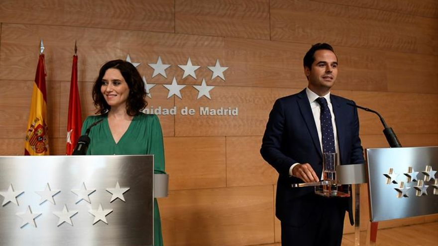 La presidenta de la Comunidad de Madrid Isabel Díaz Ayuso y el vicepresidente Ignacio Aguado.