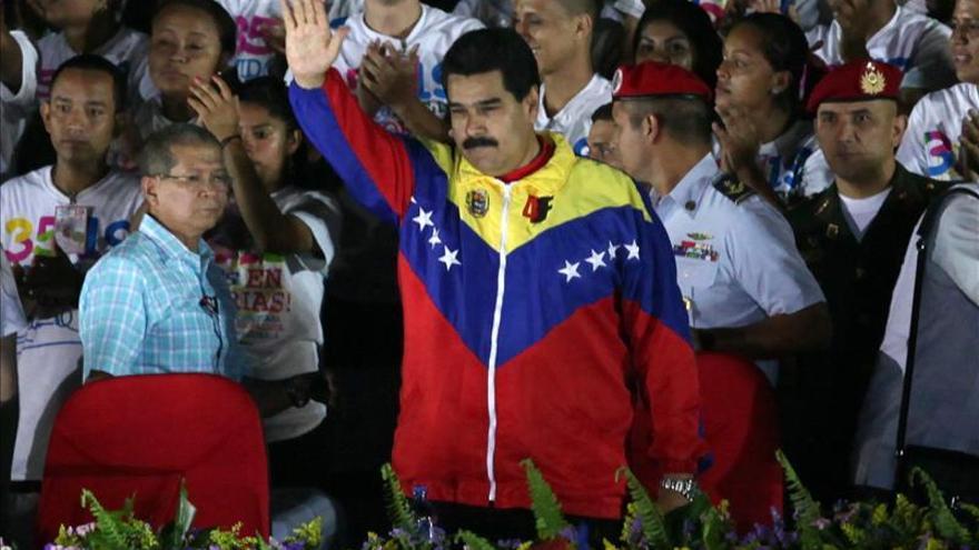 """Maduro reitera su deseo de entrevistarse """"muy pronto"""" con Santos"""