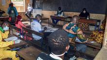 Mali celebró sus legislativas pese a la inseguridad y a crisis de coronavirus