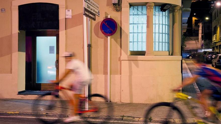 Un centenar de musulmanes de Ripoll se manifiestan contra los atentados