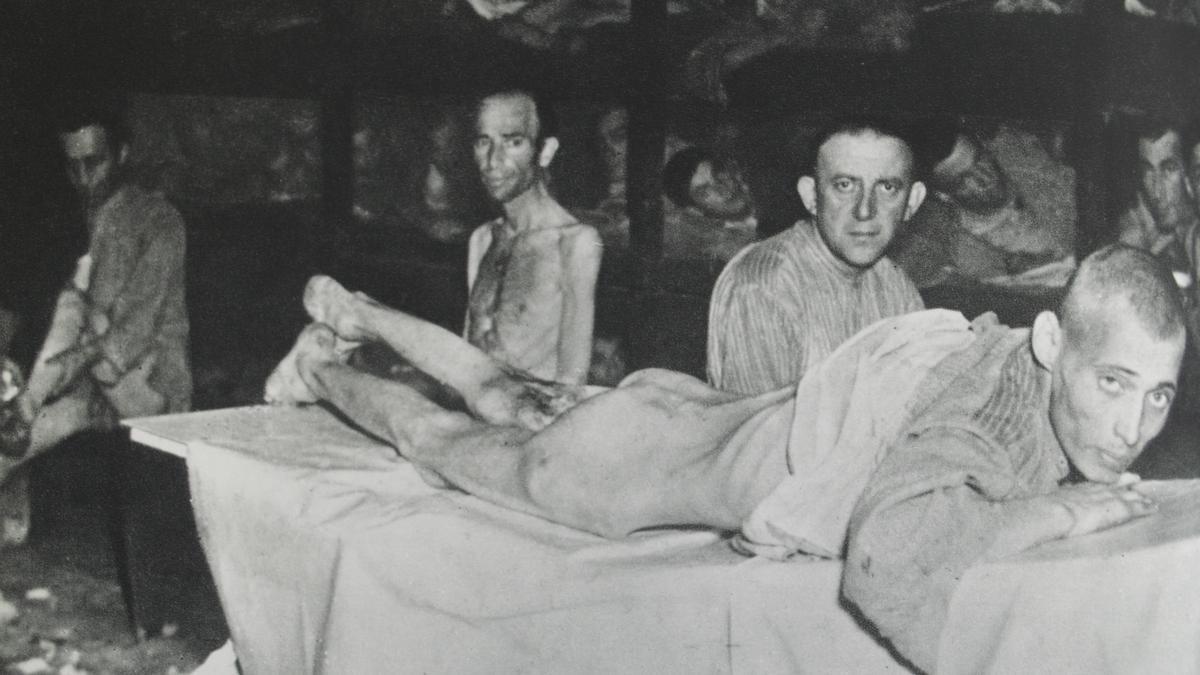 Una de las imágenes de los campos de concentración nazi censuradas.