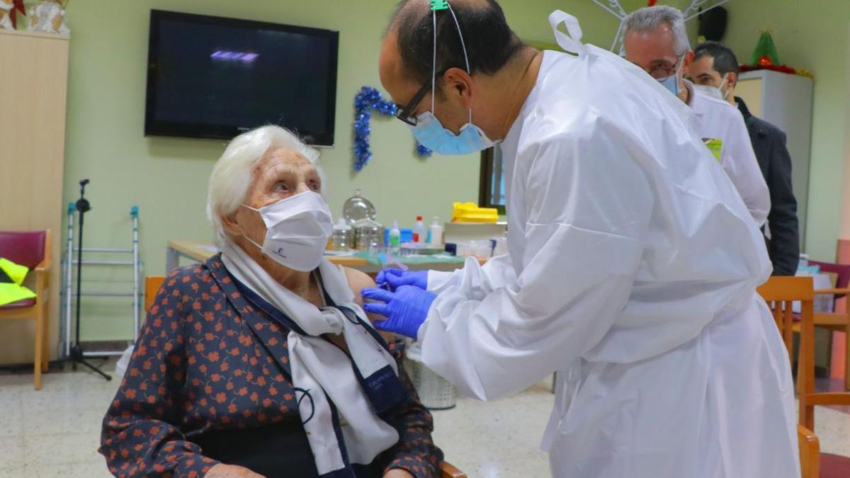 Vacunación a mayores de 65 años