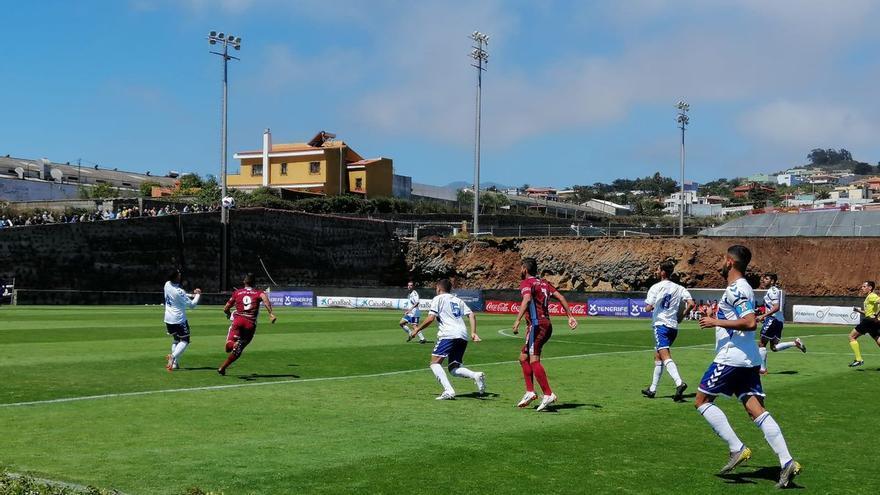 La igualdad fue la nota dominante sobre el césped de la Ciudad Deportiva Javier Pérez