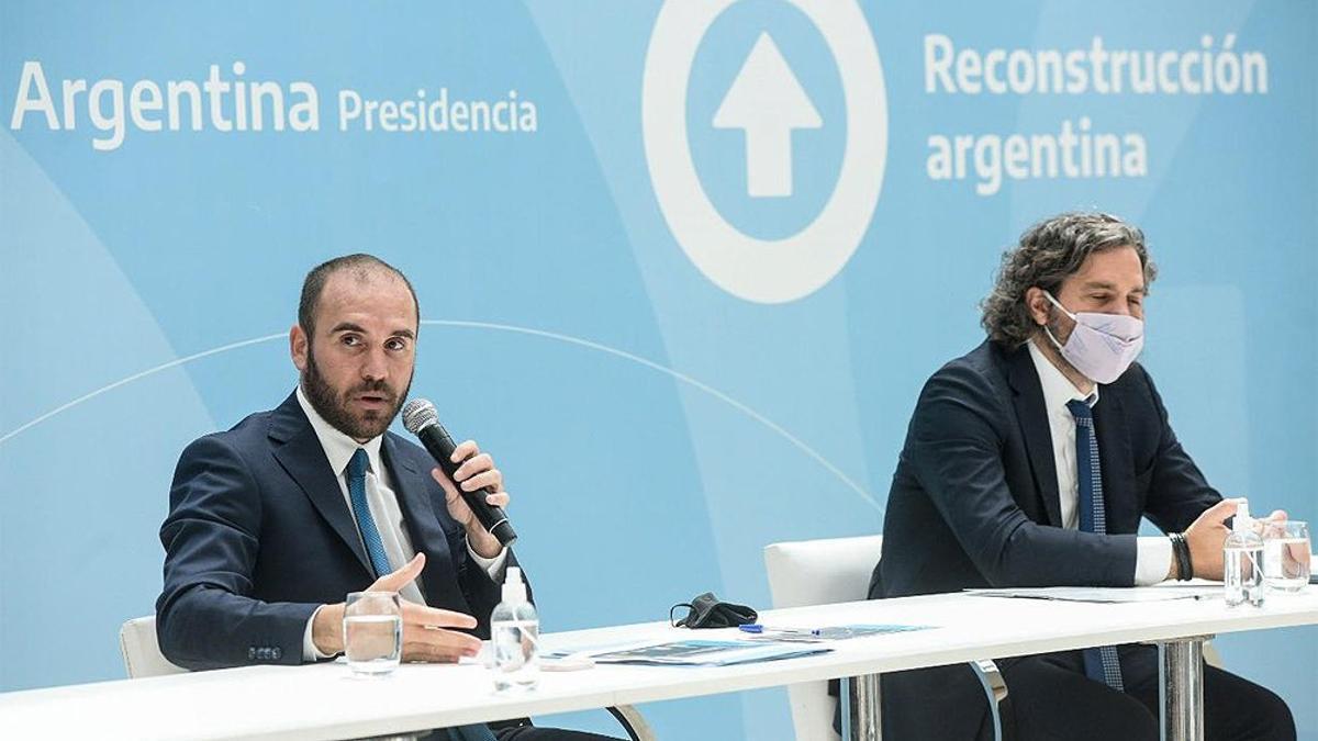 Martín Guzmán y Santiago Cafiero durante un encuentro con empresarios en el Museo del Bicentenario, el 11 de febrero pasado