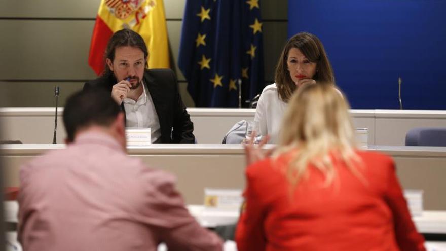 Trabajo y sindicatos tratan la crisis en el campo en una reunión sin las entidades agrarias