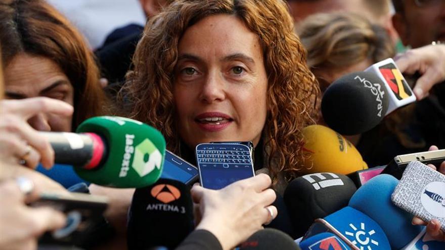 """Batet cree que """"obsesión"""" de Iglesias con PSOE es la misma que la de Anguita"""