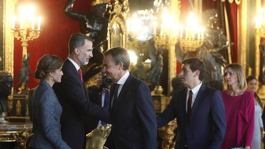 Zapatero ve inteligente la reacción política frente al desafío independentista