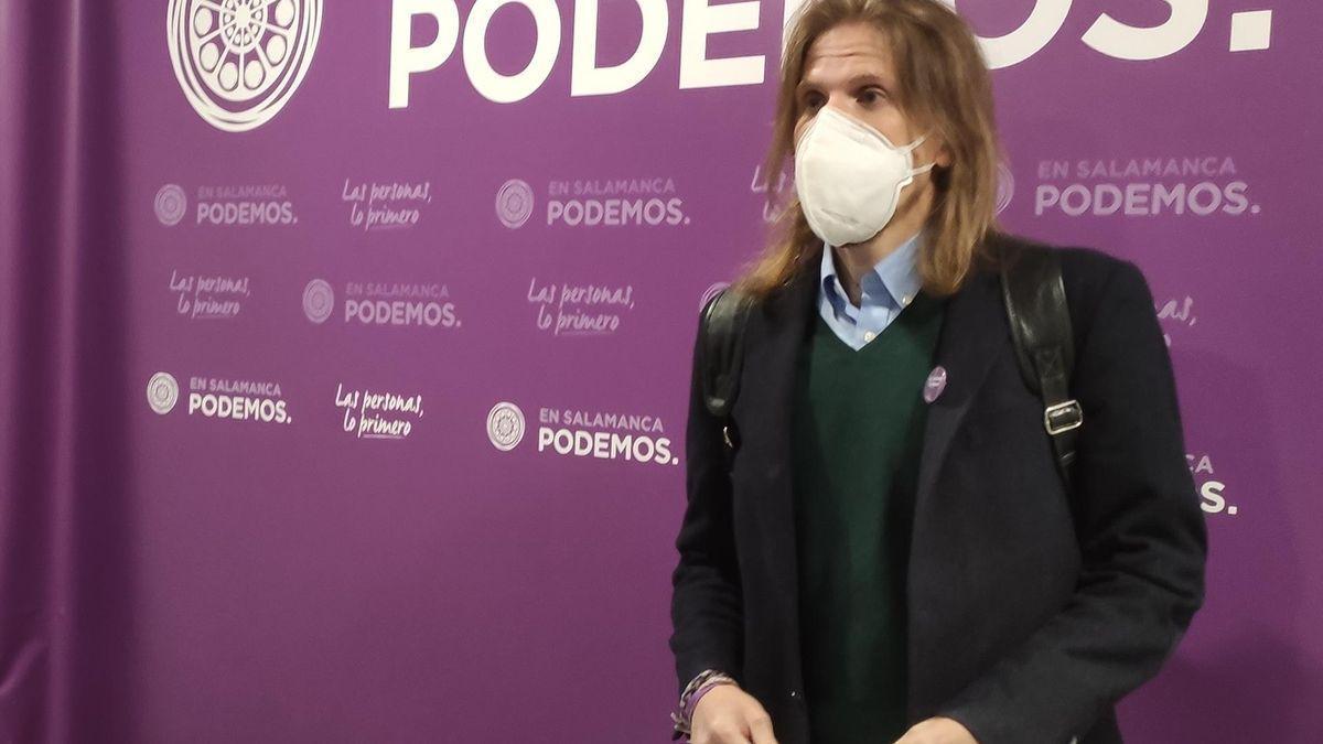 El portavoz de Podemos-Equp, Pablo Fernández.