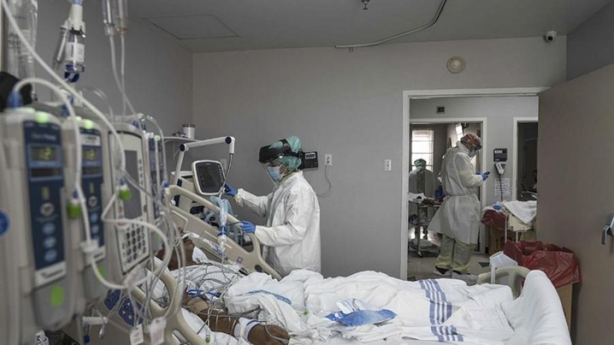 Otras 185 personas murieron y 2.308 fueron reportadas con coronavirus en las últimas 24 horas.