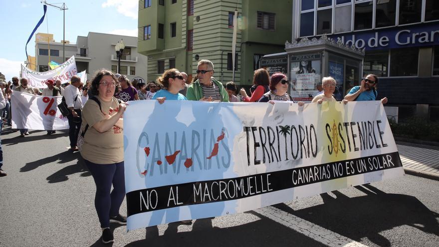 Pancarta de la Plataforma Canarias por un Territorio Sostenible.