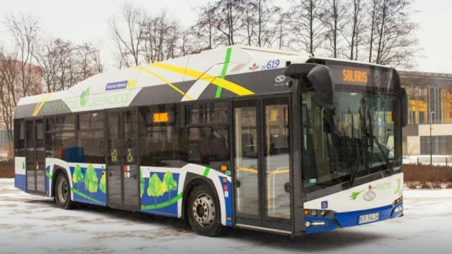 Autobús eléctrico del modelo Urbino de la empresa Solaris, filial de CAF.